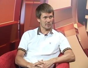 Anton Knyazev