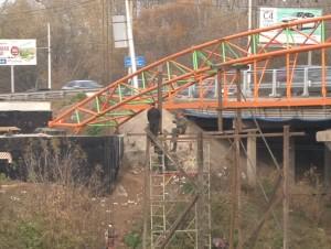 Stroitelstvo mosta